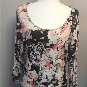 Rose + Olive ls floral top, size 1x. Black floral
